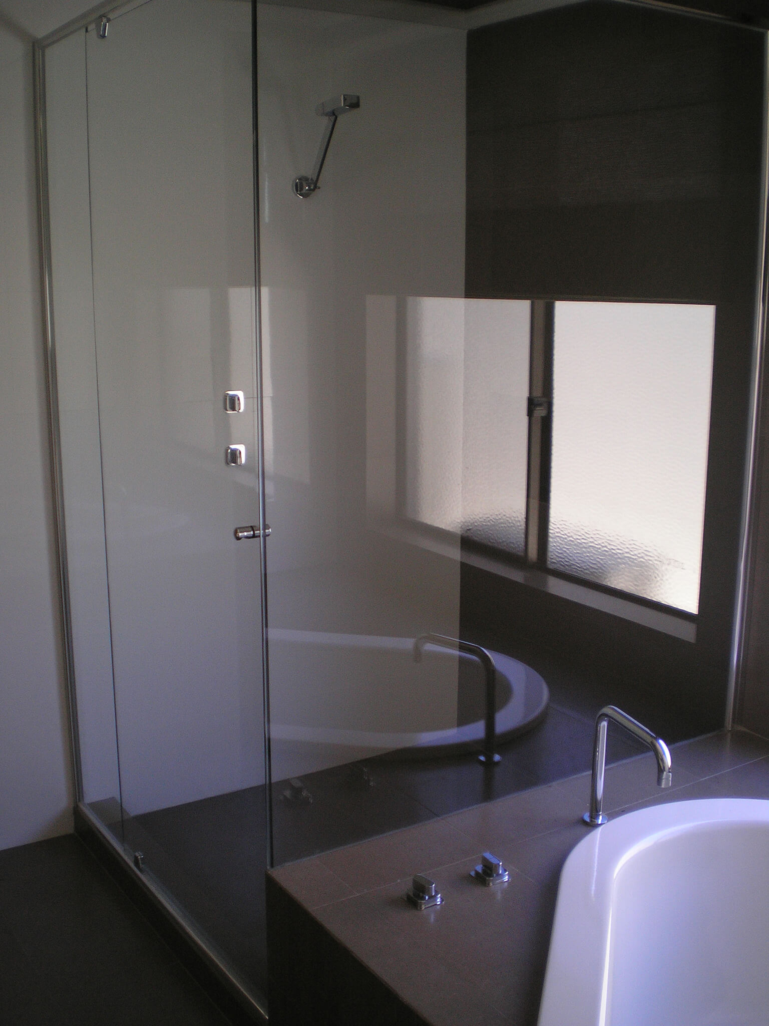 Shower Screens Perth Western Australia Glass100
