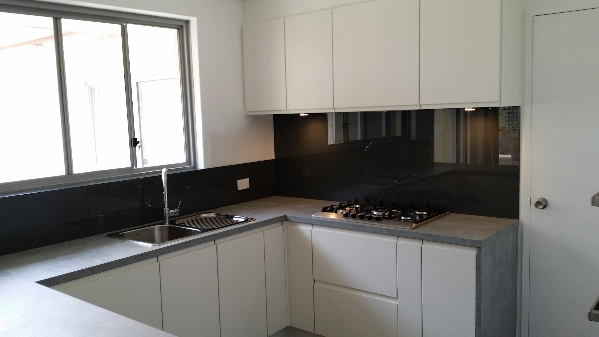 Glass Tiles For Kitchen Splashback Perth